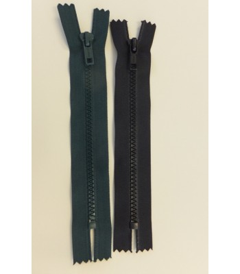 Zip 17cm Closed End (Moulded plastic)